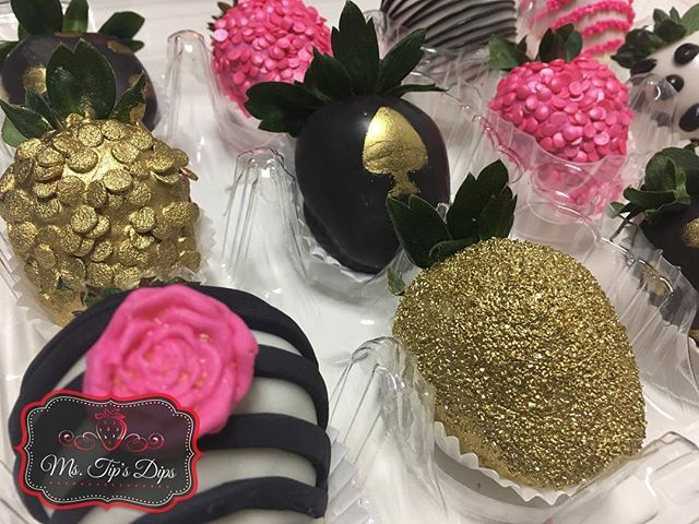 Kate Spade Themed Chocolate Covered Strawberries! We love trying new ideas. What can we create to make your day special?