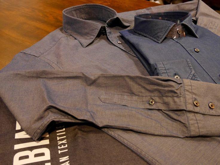 今シーズンの1枚が仕上がりました!先日ご紹介したアルビアーテのデニムシャツ。今回はややオーバーサイズ気味のサイズ感で、ポケットもカジュアルっぽくフラップ付...