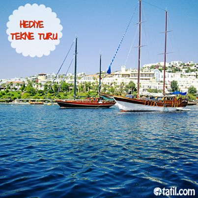 Masmavi bir deniz, upuzun bir plaj ve yemyeşil bir doğa... Bu güzellikleri bir de denizden görmeye ne dersiniz? Tekne turu, başka bir deyişle Mavi Yolculuk, yıllardır vazgeçilemeyen bir tatil keyfi. Düşünsenize... Harika olmaz mıydı?