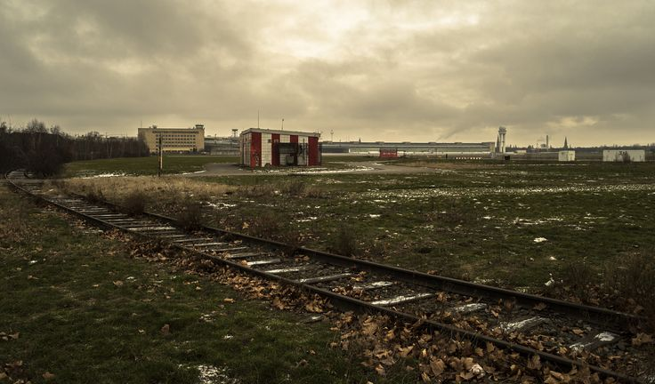 Rail track - Sony A7S + Vivitar 28mm f/2.8