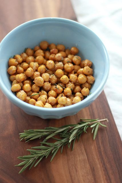 Crispy Rosemary Chickpeas (garbonzo beans) Watch them carefully while ...