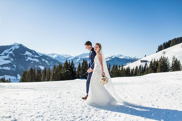 Hochzeitsfotografie Österreich in Tirol. Winter wedding by Dario Endara Wedding Photography