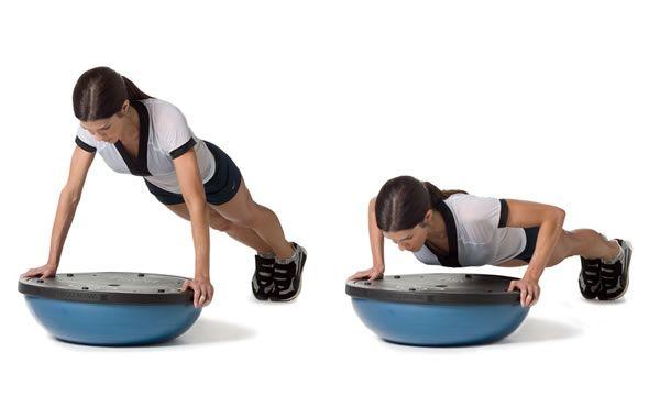Push up. Come migliorarli con un supporto instabile. I push up sono un vero e proprio must per allenare la parte superiore del corpo, un esercizio senza tempo che si puó praticare ovunque e pressoché da chiunque... Continua a leggere su http://www.kungfulife.net/blog/push-up-come-migliorarli-con-un-supporto-instabile/