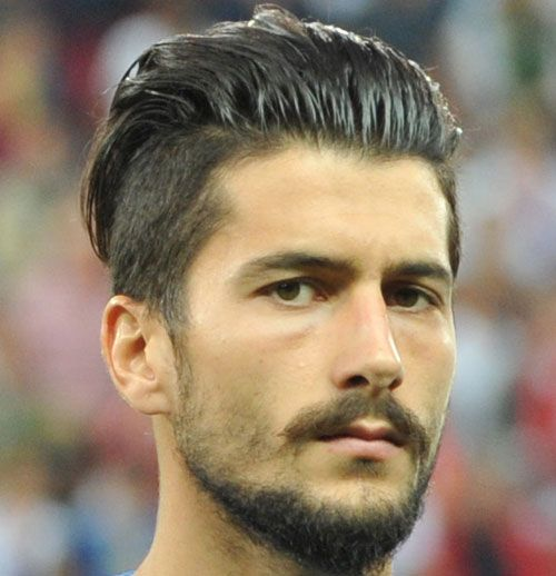 soccer player hairstyles