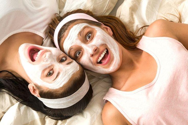 Dermatologista ensina a fazer máscara caseira para o rosto com efeito lifting