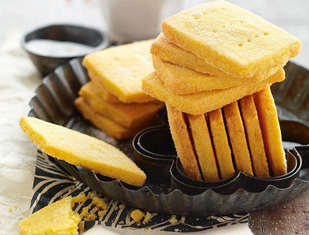 Polenta-Orangen-Biskuits Rezept | LECKER