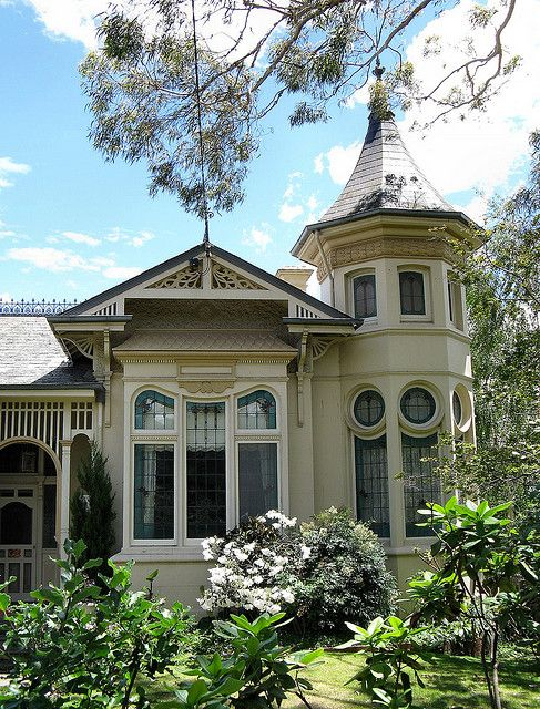 Uxbridge House is a very early and unusual example of Melbourne's popular Queen Anne style residence. Built in 1889, the attractive single level villa features a slate roof topped with cast iron cresting and finials and an octagonal twin level tower with beautiful yet understated sinuously framed stained glass windows.