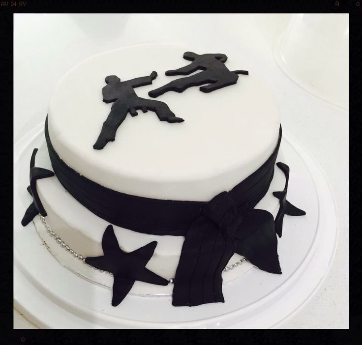 458 best images about Sport cake ideas on Pinterest ...