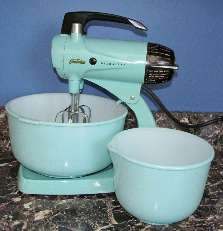 Vintage Aqua Turquoise Blue Sunbeam Mixmaster Mixer With Matching Glasbake Bowl