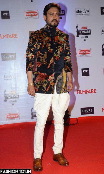 Irrfan Khan in a black embroidered Rohit Bal bandgala jodhpuri suit! Love!