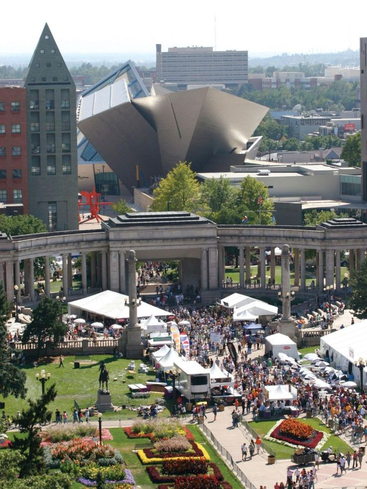 The Denver Civic Center Park plays host to several events throughout the year, including the People's Fair, a free festival featuring food, crafts and music, and A Taste of Colorado, a Labor Day weekend festival serving creations from Colorado's favorite restaurants.