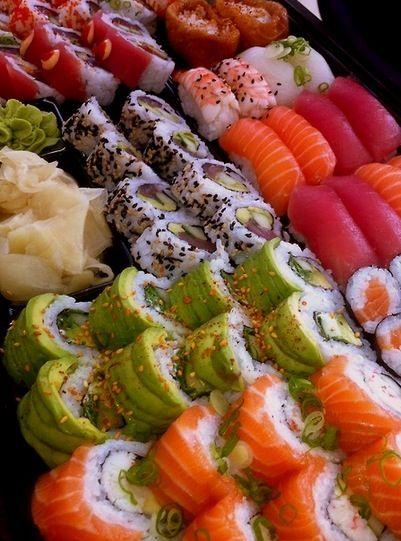 Also ich muss ehrlich gestehen dass ich noch nie Sushi probiert habe  Habt ihr es schonmal gegessen? Und was ist eure Lieblingssorte? ❤ Xx http://www.giftupload.com