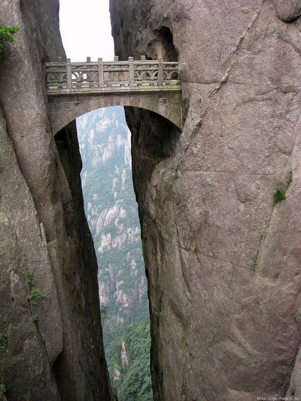 Perder mi miedo a los puentes en este puente (Tierras de las Hadas, China)