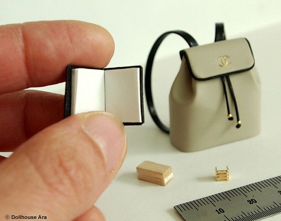 Puppenhaus Miniaturen CN03 Designer Rucksack mit von DollhouseAra