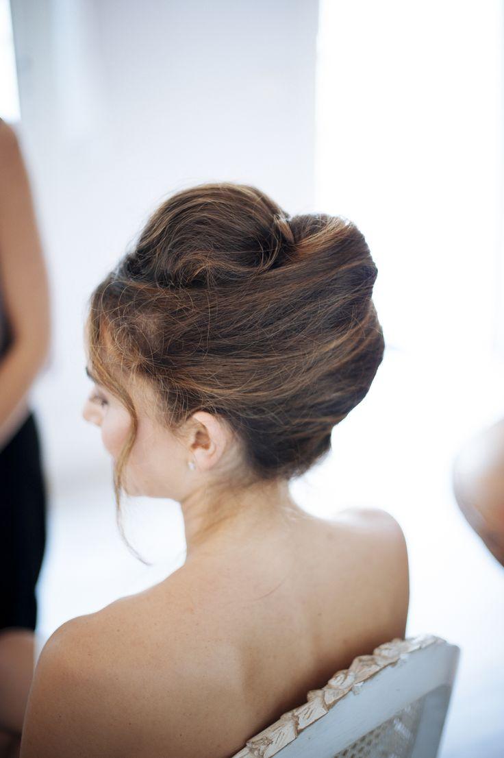 bride preparation // préparation de la jeune marié ; wedding // mariage ; wedding hair dressing // coiffure de mariage ; skiss ; brown hair// cheveux brun  http://www.skiss.fr/