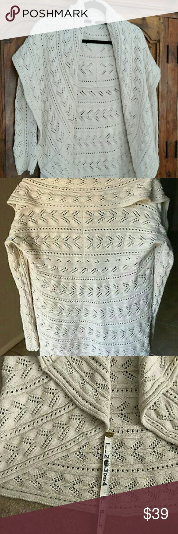 CABI Circle Knit Cardigan Sweater Boho chic style cardigan with large collar in a gorgeous knit natural cream color. Pictures do not do this cardigan justice. Worn once,  looking for a sml-med. Hand washed and ready to wear. Like new condition. Quick shipping. Make offer. CAbi Sweaters Cardigans