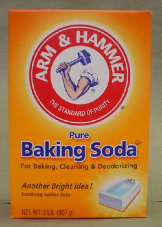 Baking Soda for Babies (cleaning toys, deodorizing, bathing, spot cleaning, cradle cap treatment, baby powder replacement, diaper rash treatment, cloth diaper cleaner)