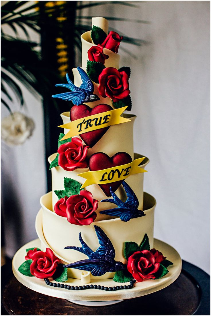 14 Of The Best Wedding Cakes Ever! | Steve Gerrard Photography