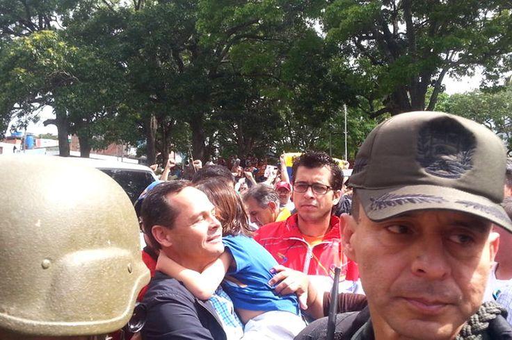 MONUMENTAL! La mega abucheada que le dieron a Vielma Mora al llegar a su centro en Táchira