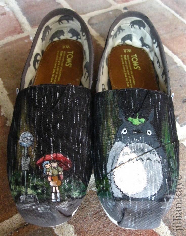 My Neighbor Totoro custom shoes on gray TOMS. aHHHHHHHHHHHHHHHHHHHHHHHHHHHHHHHHHHHH in needs