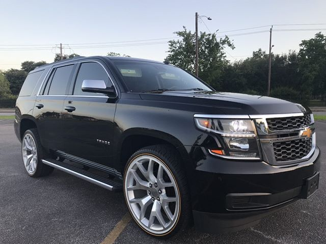 2015 Chevy Tahoe On Vogues Looks Good Sounds Good Tahoe