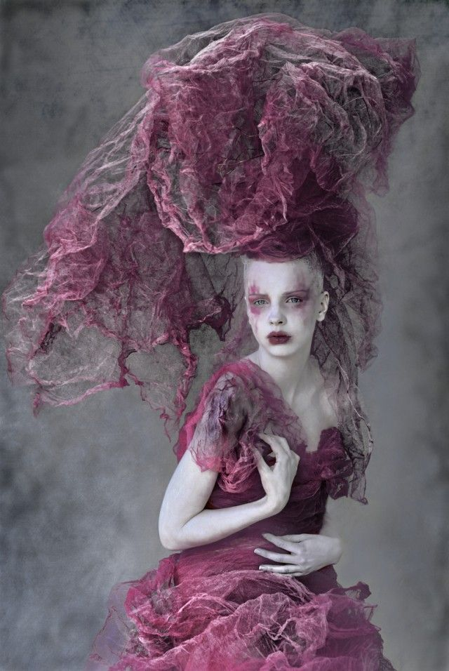 ⍙ Pour la Tête ⍙ hats, couture headpieces and head art - Photographer Stylist, Agnieszka Jopkiewicz