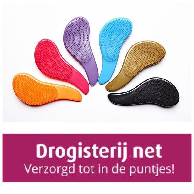 Detangling Brushes van @richhaircare zijn nu ook verkrijgbaar bij #drogisterijnet kijk voor meer info op Drogisterijnet.nl #haar #hairdo #brush #haarverzorging #colors #detangling