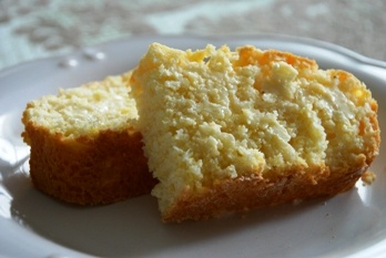 Recipe of the Week: Bahamian Johnny Cake on http://wanderlustandlipstick.com/blogs/foodfreeway