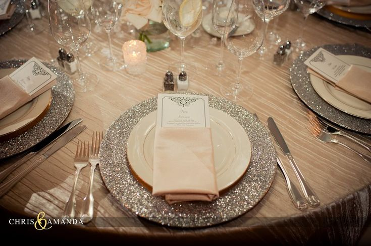 wedding place setting #glitter #DIY #ivory #neutral