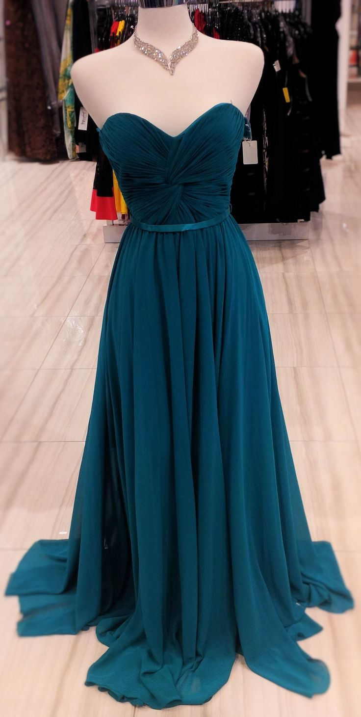 this dress is stunning! sold in many different colours! this dress will make you the highlight of the evening ! #classicboutique #classic #prompromprom #promnight! #love #pickeringtowncenter #eastgwillimbury