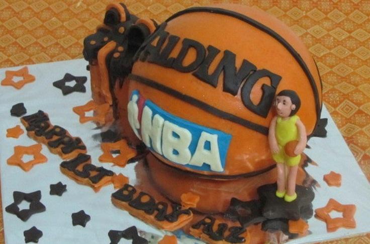 Cake Bola Basket harga mulai 275.000