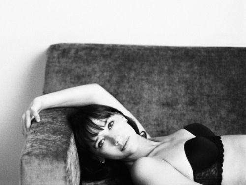 rashida jones smoking | calvin klein underwear women | Tumblr