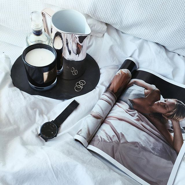 There's no better time than winter to enjoy a good magazine in bed. Feat our Verona Black Mesh Watch.