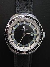 montre lip dauphine mécanique R558 ,41613N (stock ancien)