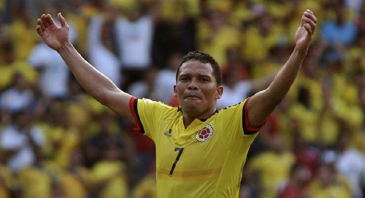 Bacca está dispuesto a reducir su salario para regresar al Sevilla Según el Diario AS, el delantero colombiano tiene la intención de negociar con el Milán para poder regresar a España.http://bit.ly/2uajV7o -