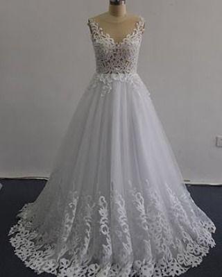 A @noivaimportada faz qualquer vestido a partir de fotos inspirações. Todos lindos de qualidade e do jeito que você sempre sonhou. Amei esse modelo.  Orçamento  Whatsapp (14) 99640-2785 por e-mail: vendas@noivaimportada.com.br ou no instagram @noivaimportada