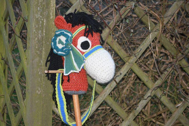 Kæphesten Konrad med præmie  #kaephest #haekling #hobbyhorse #crochet