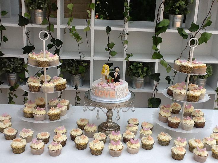 Mesa de Cupcakes y Torta