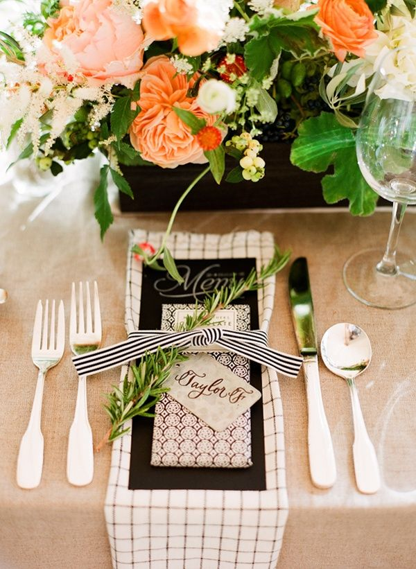 Why It Works Wednesday takes on this utterly beautiful organic backyard bbq place setting that is oh so heavenly! Photograph by Robert Sukrachand Photography  http://www.storyboardwedding.com/earthy-backyard-bbq-table-setting/