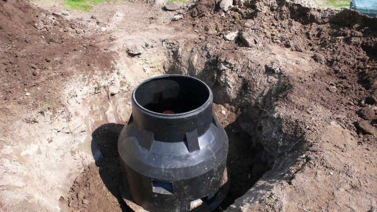 Minden kertes háznak elengedhetetlen kelléke a fúrt kút.  http://kutfuro.eu/