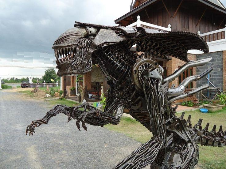 Alien Queen Figure Statue Sculpture Replica Full Life Size
