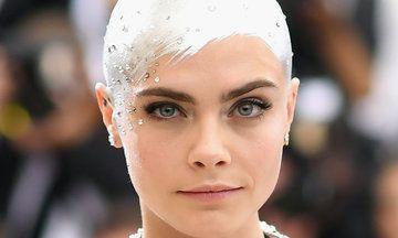 Met Gala 2017: Cara Delevingne's Metallic Sprayed-On Hair Is Incredible | The Huffington Post