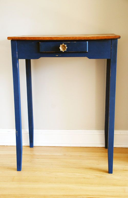 Gently distressed hallway table with Anthropologie knob. Painted with Annie Sloan's Napoleonic Blue with AS clear and dark Soft Wax.