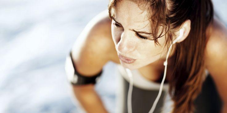 De gedachten van een hardloper die na een tijdje stilgestaan te hebben weer met lopen begint.   Run Eat Relax Repeat