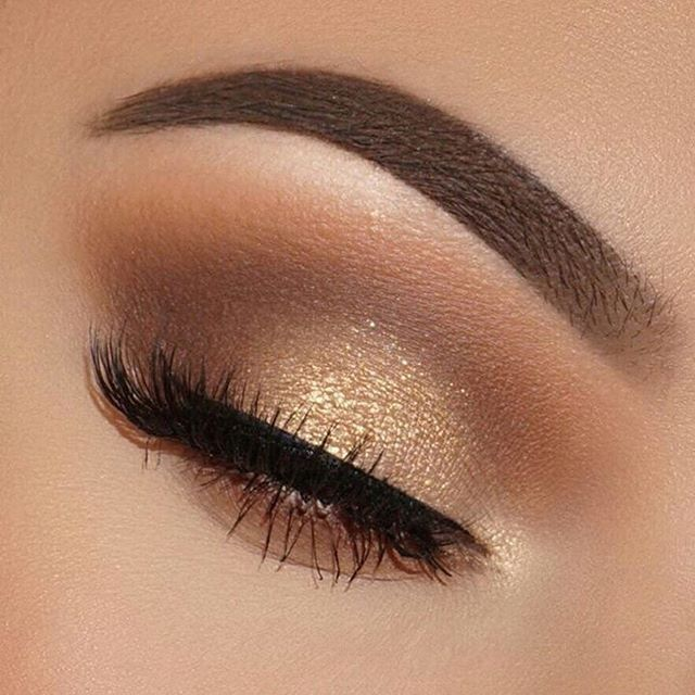 35 Hottest Eye Makeup Looks For Day And Evening Eye Shadow Eyemakeup Makeup Eye Makeup For Brown Eyes Eye Eyeshadow Makeup Party Makeup Looks Glowy Makeup