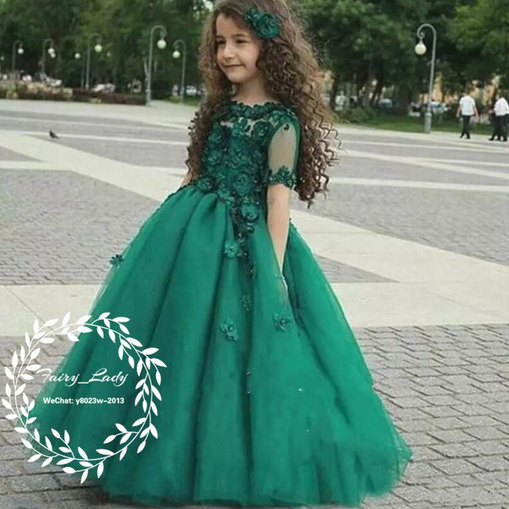 Green 3D-Floral Appliques Girls Pageant Dresses With Short Sleeves 2018 Sheer Neck Illusion Bodice Ball Gown Kids Pageant Dress Birthday
