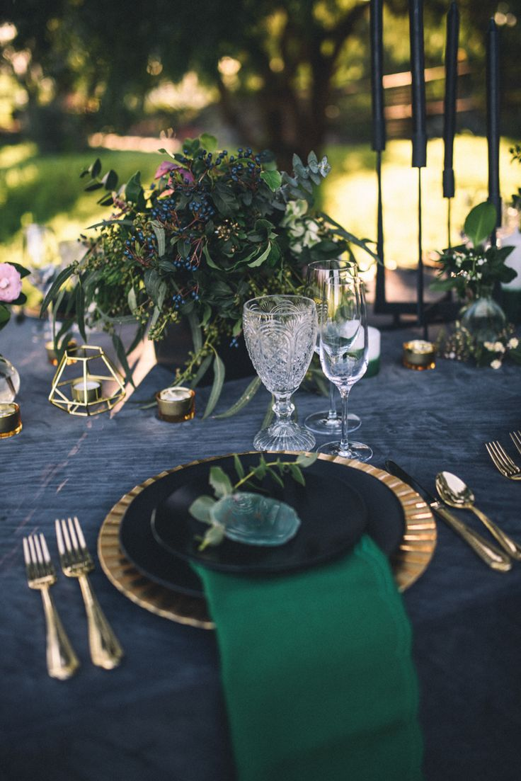 pinterest wedding table decorations candles%0A Dark Moody Black Green Gold Table Decor Agate Placecards Geometric Candle    Edgy Emerald City Wedding