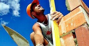 Harga Upah Borongan Tukang Pekerja Bangunan  – Dalam mendirikan sebuah rumah, tentunya selalu ada beberapa material yang diperlukan. Terle...