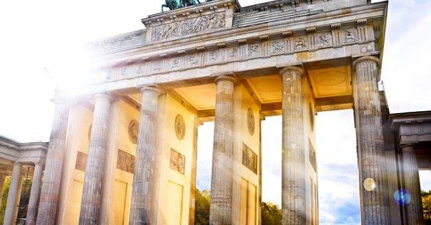 109€ | -41% | #Berlin – 2 Tage #Hauptstadtflair & #Musical #Hinterm #Horizont