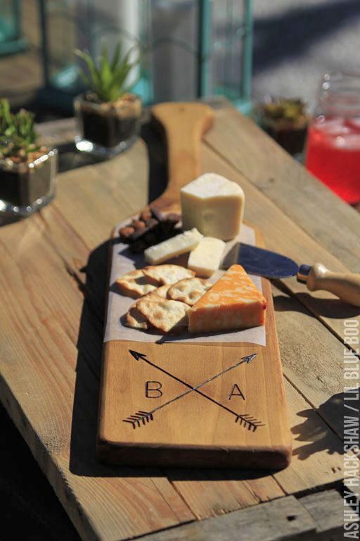 How To Make A Diy Rustic Personalized Wood Cutting Board